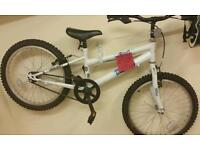 Boy's Bike to suit age 6-12 year old