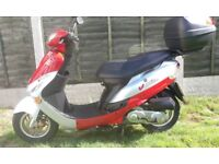 Peugeot V Clic 50cc scooter low mileage with top box