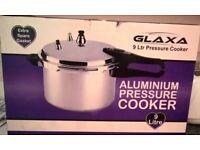 Brand New Large Aluminium Pressure Cooker 9 Litres