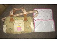 Yummy mummy baby changing bag now £15 bargain