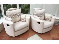 X2 DFS WHITE RECLINING SWIVEL CHAIRS IN GREAT CONDITION AND CHEAP NEED GONE ASAP