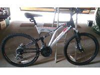 Muddyfox/Silverfox Boys' Mountain Bike w/ Full Suspension & Disc Brakes. Good Condition.
