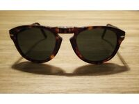 Persol Foldable Sunglasses Size 52 (Havana Frame with Grey Lens) with Original Box, Case + Cloth