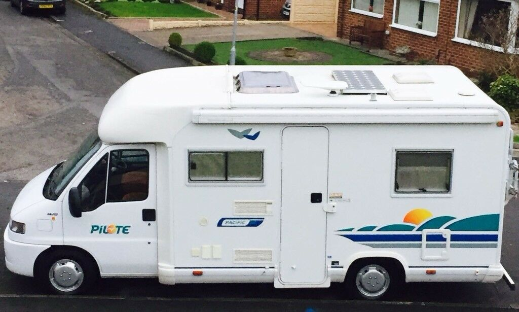 Pilote Pacific 62 Fixed Bed Motorhome
