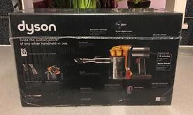 Dyson DC 34 handheld vaccume cleaner BRAND NEW IN BOX 2 years warranty
