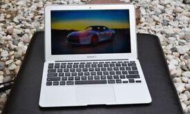 Apple Macbook Air 11' with warranty Photoshop Lightroom Aperture Affinity i5@ 1.4Ghz 4GB 128GB SSD