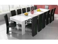 Extending dining table gloss white