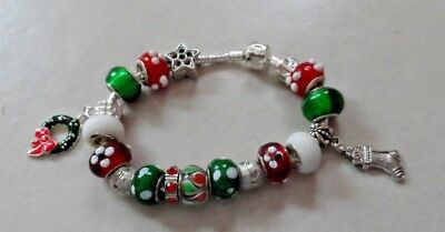 European style red, green and white bead bracelet Christmas holiday theme ()