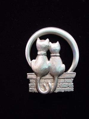 Jj  Jonette Jewelry Silver Pewter Cats On Fence   Silvery Moon Pin