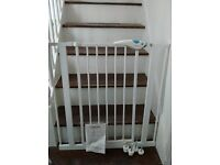 Lindam Easyfit Plus Child Gate