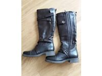 Brand new womens boots. Size 3