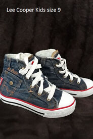 Lee Cooper Kids Shoes size 9
