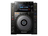 BRAND NEW PIONEER CDJ NXS 900 - UNOPENED & UNUSED