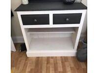 Useful shelf unit with drawers
