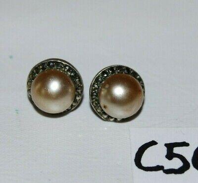 C56 Anciennes boucles d'oreilles travaillées - Perceuses - Perles
