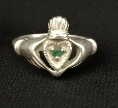 Vintage Sterling Silver Emerald Irish Celtic Ring 925 Size 6 Claddagh Heart 2.6g