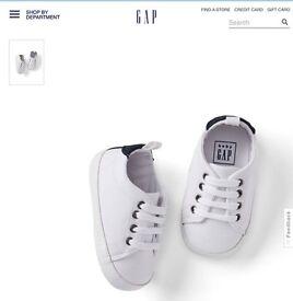 Gap baby boy canvas sneakers