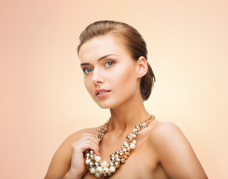 Chunky Pearl Necklace Buying Guide