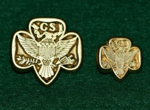 VINTAGE GIRL SCOUT - TWO METAL BLAZER BUTTONS