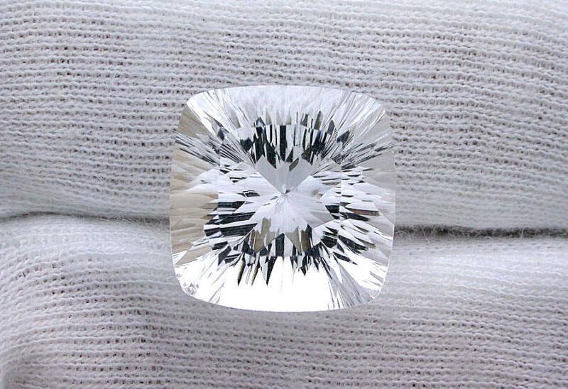17x17 17mm x 17mm Laser Concave Cushion Square AAA Diamond Quartz Gemstone Gem