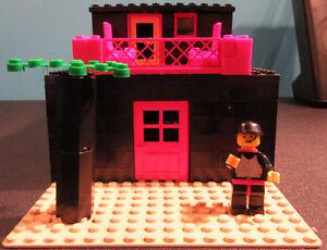 maison noire 2 étages