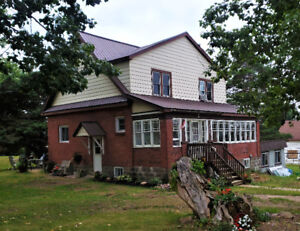 210 Church St - Charming House for sale in Bonfield! $185000.00