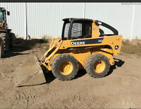 JOHN DEERE SKID STEER 332 WITH ONLY 1400 HOURS