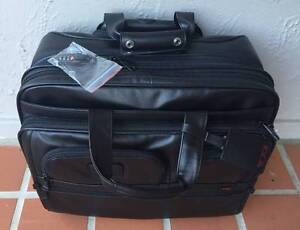TUMI DELUXE WHEELED LEATHER BRIEFCASE BAG West Pymble Ku-ring-gai Area Preview