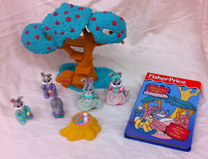 Fisher Price Hideaway Hollow Bunnies, tree, books +++