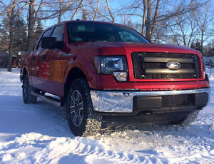 2012 Ford F-150 SuperCrew XLT Pickup Truck