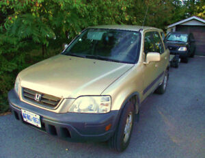 1999 Honda CR-V LX SUV, Two for $750