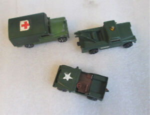 LOT OF 3 VINTAGE CORGI JUNIORS ENGLAND TOY MILITARY VEHICLES!