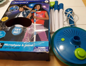 Discovery Microphone&Stand Light Up Musical