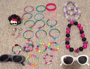 Kids Jewellery & Sunglasses