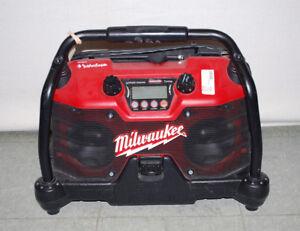 Milwaukee 49-24-0280 28 Volt Lithium-Ion Job Site Radio