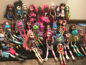 Monster High Dolls mint condition