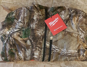 Brand New Milwaukee Heated Jacket Camo in L/XL (Jacket Only)