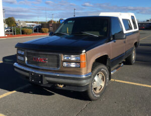 1994 GMC Sierra 1500 5.7L With Topper - For Sale As-Is