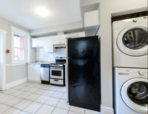 Beautiful 2 Bedroom Suite w/ Dishwasher, Washer/Dryer & Balcony