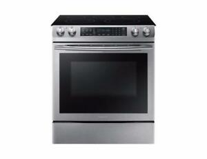 SAMSUNG SLIDE-IN ELECTRIC RANGE WITH 5 BURNERS  NE58M9430SS  (NA 14)