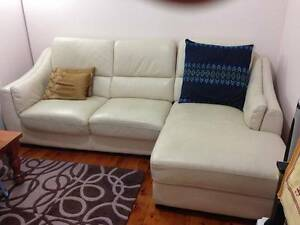 3-1/2 seater lounge with chaise Epping Ryde Area Preview