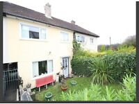 3 bed unfurnished house with a lovely garden, DSS and students welcome