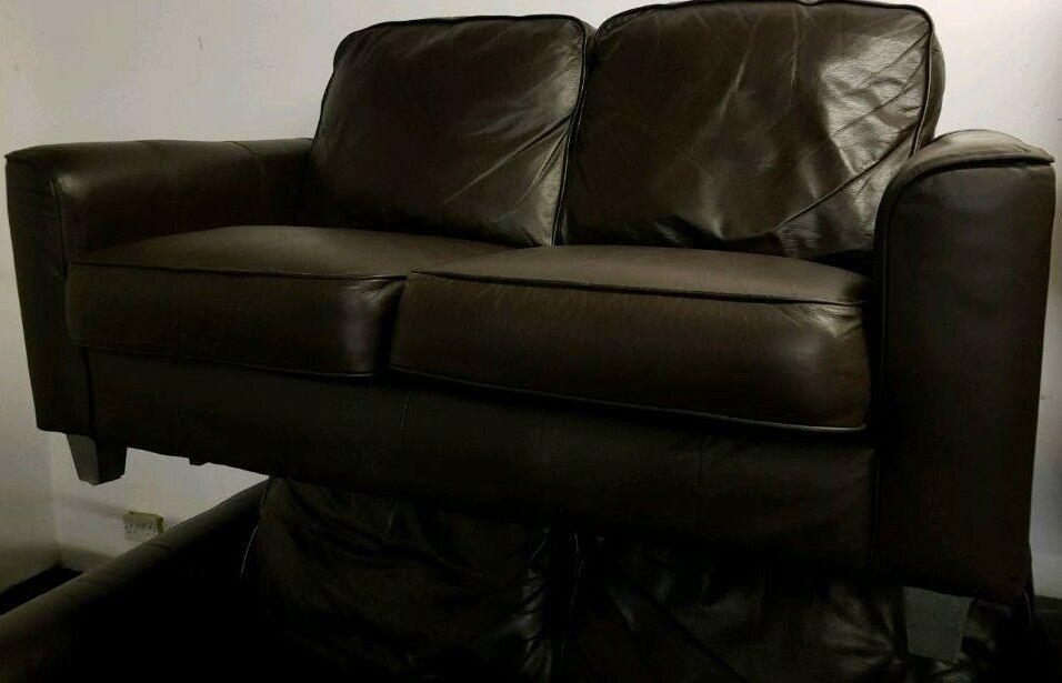 CHOCOLATE BROWN LEATHER 3 SEATER & 2 SEATER SOFA'S