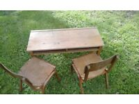 1970's Child school desk with 2 chairs