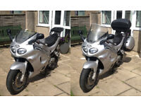 Triumph Sprint ST 955 955i Silver - panniers, scottoiler, heated grips, touring windscreen and more
