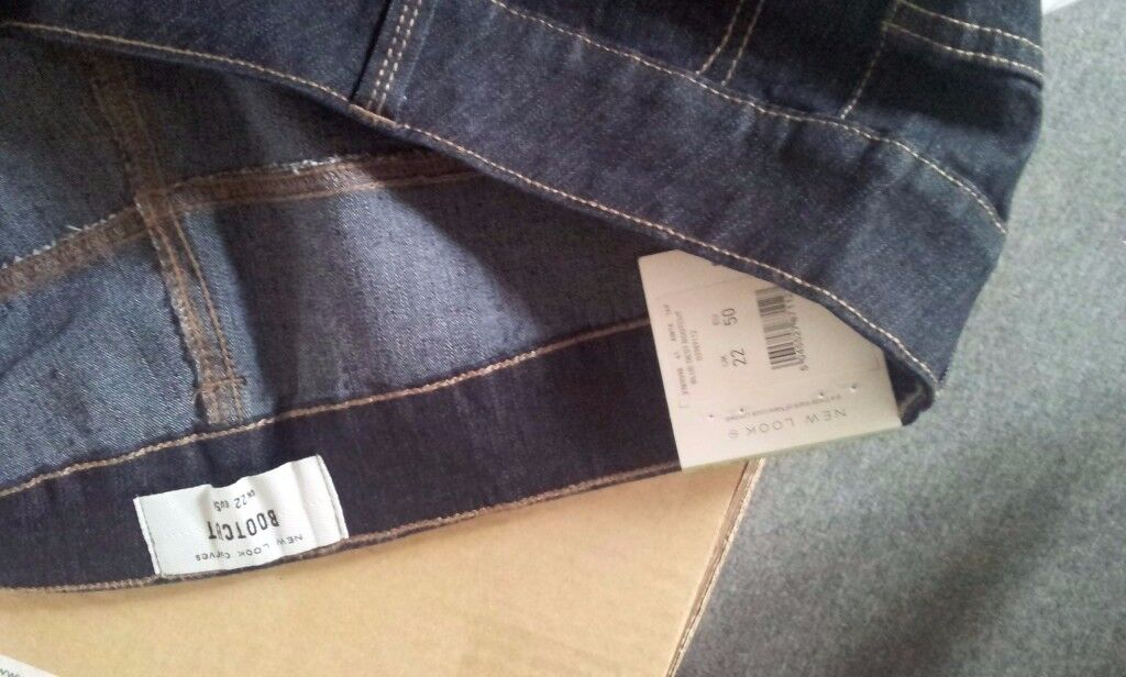 New Look brand new ladies womens bootcut jeans size 22, new with labels and bagged