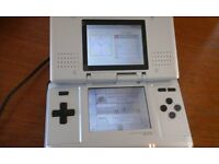 NINTENDO DS CONSOLE AND 9 GAMES
