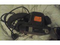 for sale power tools x2 sanders x1 grinder