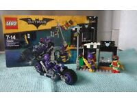Lego Batman with catwoman, batgirl, Joker and Batman 2 Lego sets NEW