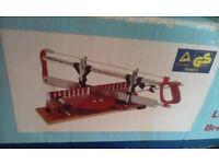Precision miter saw